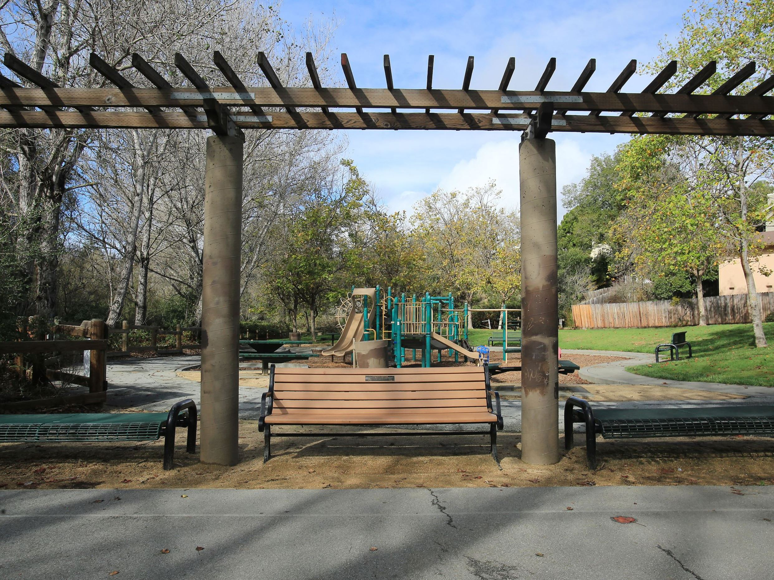 Peace Drive Park pergola with benches